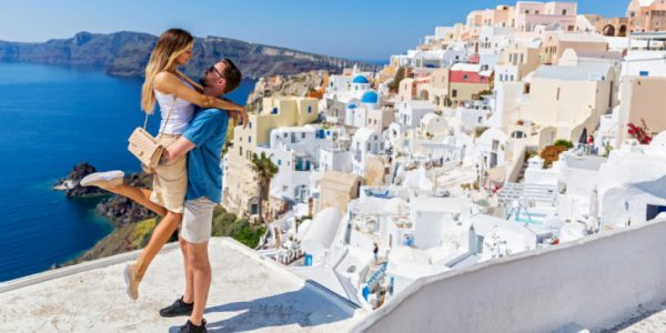 Why-people-prefer-santorini-for-honeymoon